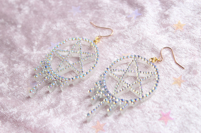 Melting Sprakly Pentagram Dangle Earrings - Feelin Peachy