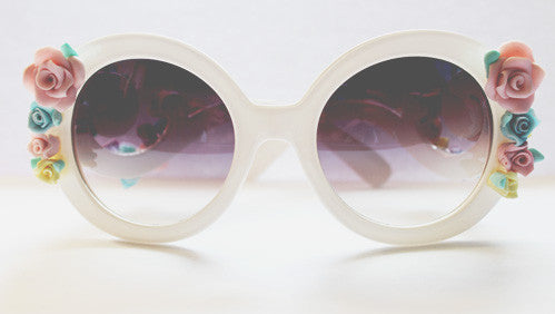 Pastel Floral Sunglasses - Feelin Peachy