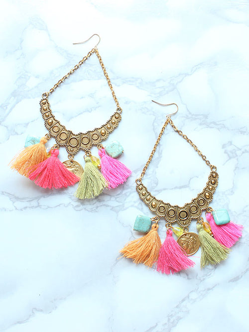 Boho Vacation Tassel Gold Earrings - Feelin Peachy