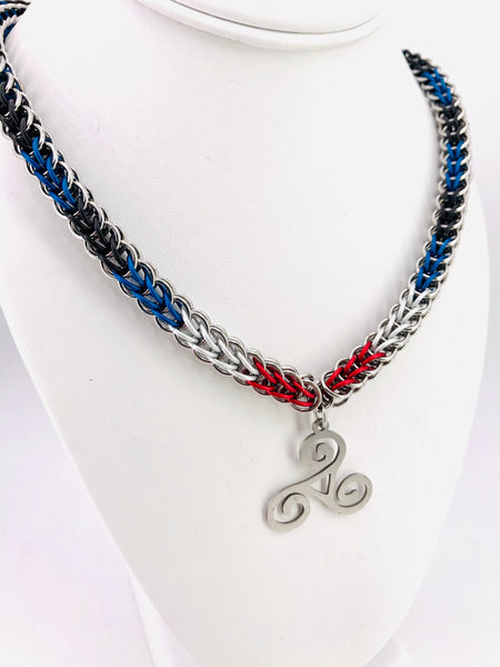 BDSM Leather Pride Chainmail Necklace with Triskele Pendant