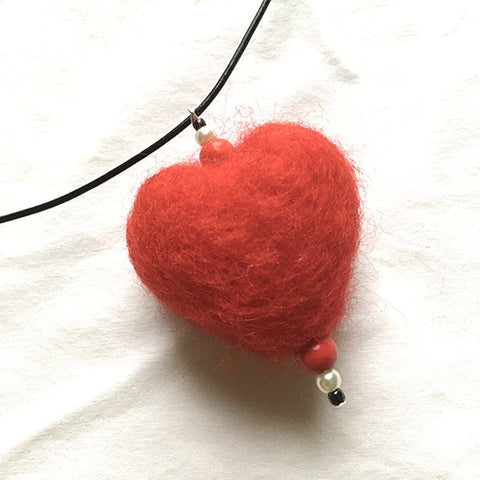 Necklace lg felted heart