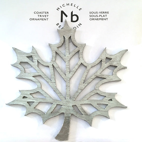 Metal coaster ornament