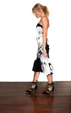 Load image into Gallery viewer, Pasduchas Charmer Flute Midi Dress