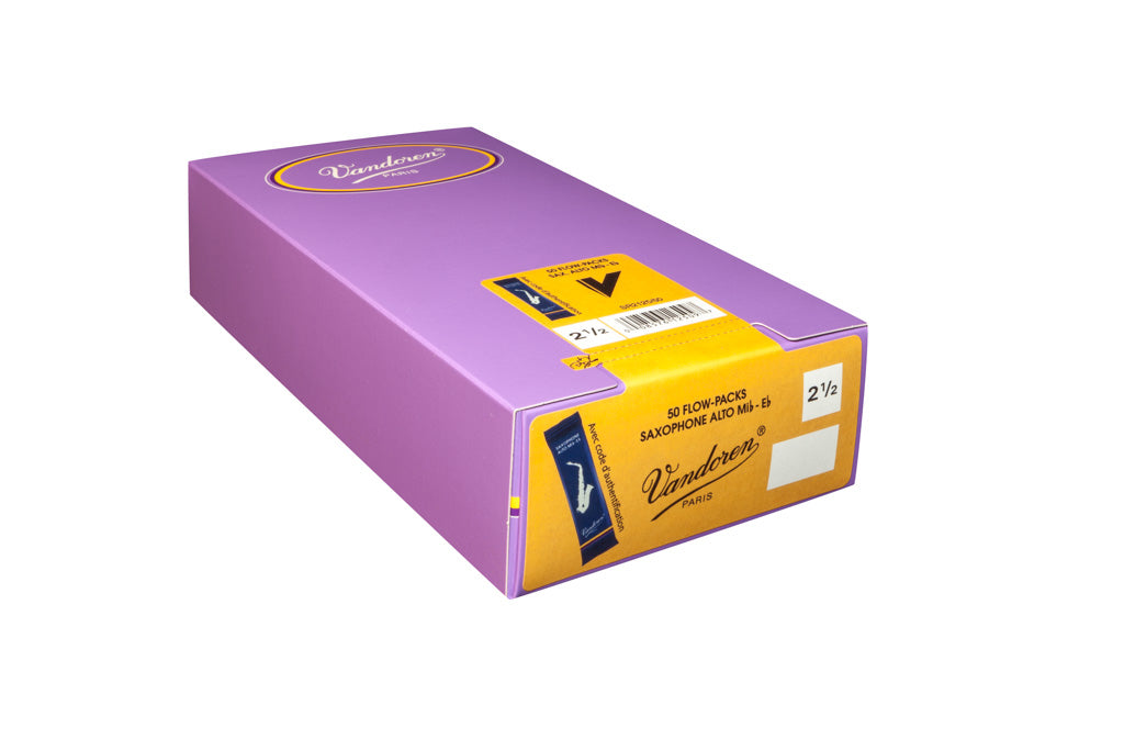 Vandoren Alto Sax Reeds - TRADITIONAL - Grade 1.5 - Box of 50