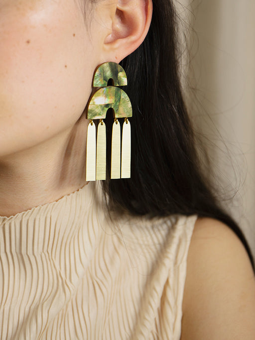 Cecilie Earrings in Olive Mother of Pearl