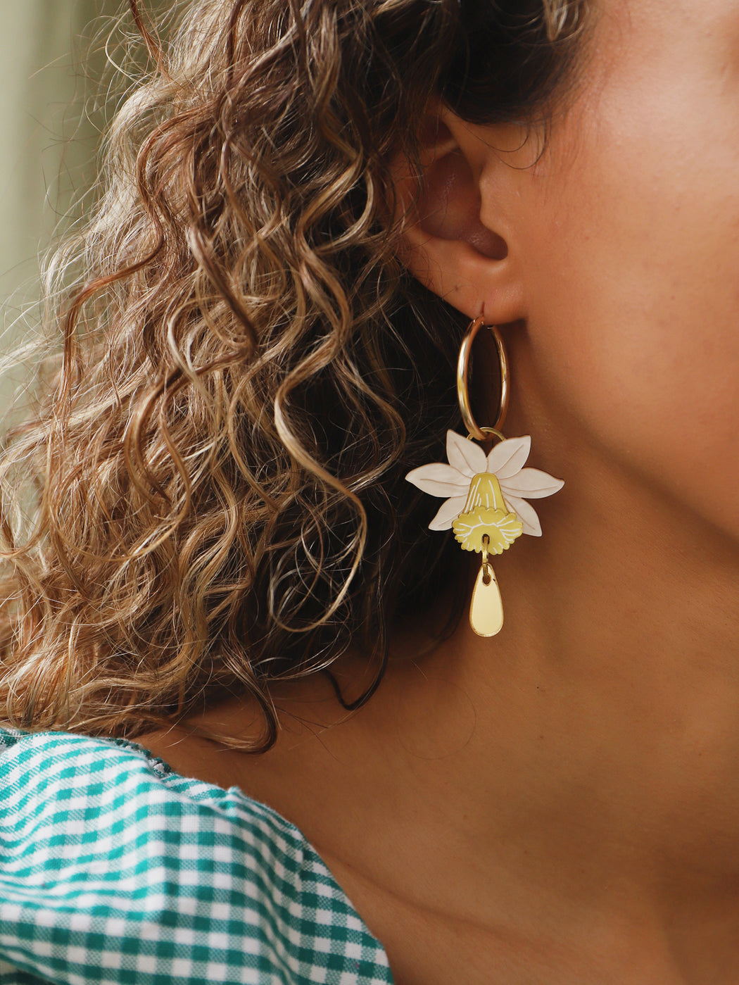 Daffodil Drop Hoops