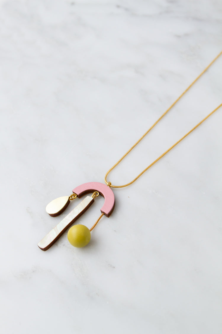 Ella Necklace in Rose