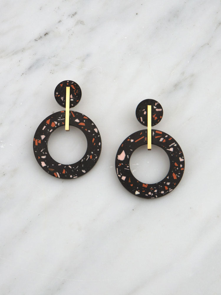 Oda Earrings in Black Jesmonite