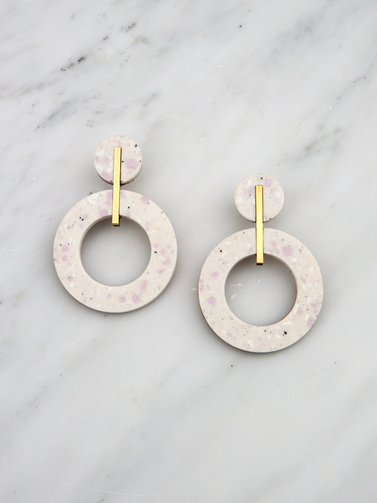 Oda Earrings in Natural Jesmonite