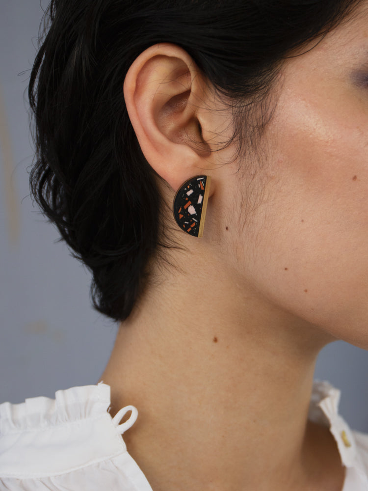 Juni Studs in Black Jesmonite