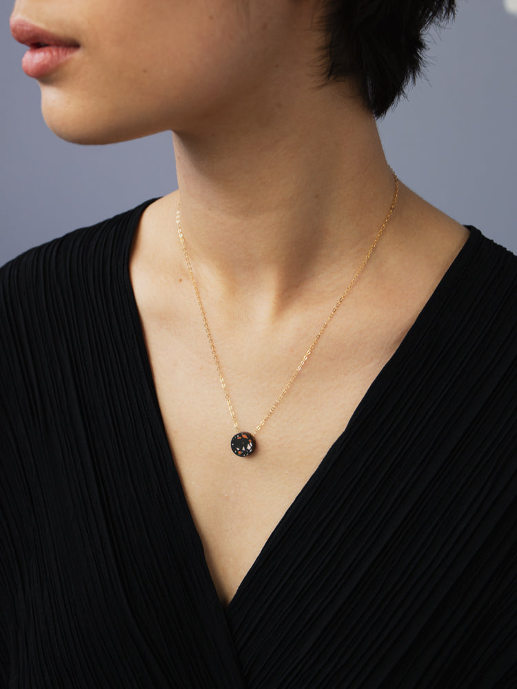 Malin Necklace in Black Jesmonite
