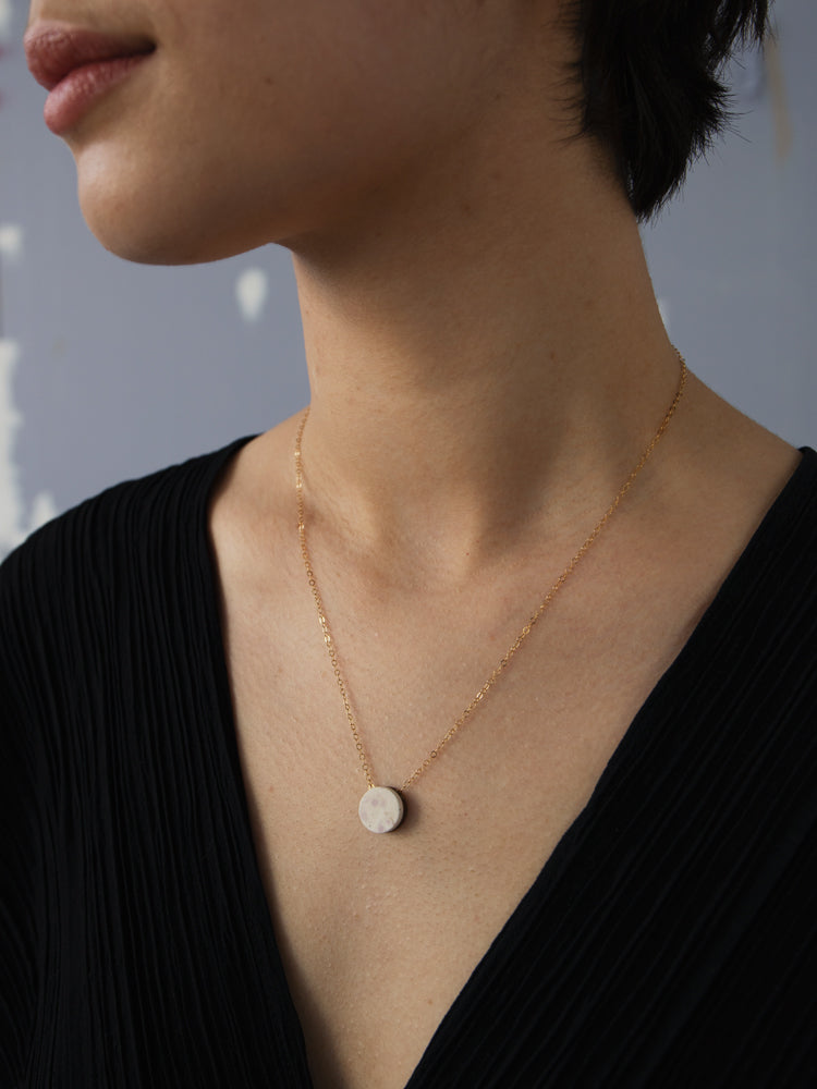 Malin Necklace in Natural Jesmonite