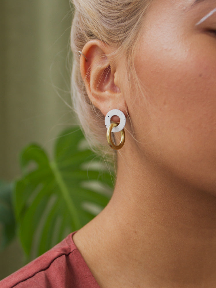 Mini Isla Earrings in Eggshell