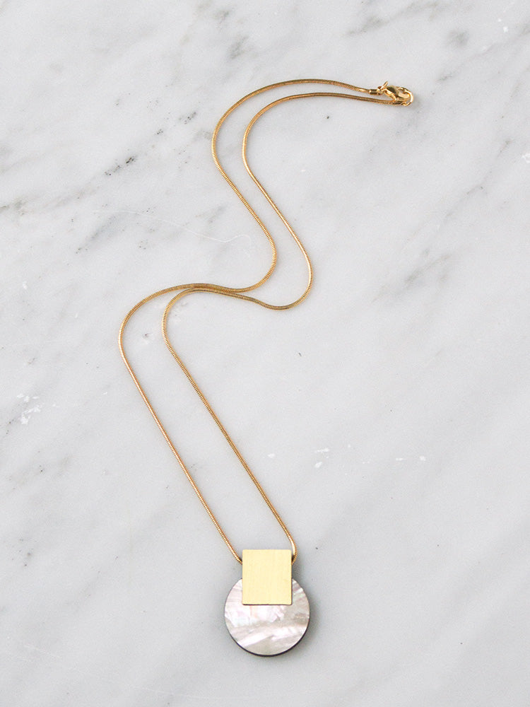 Sol Necklace in Mother of Pearl