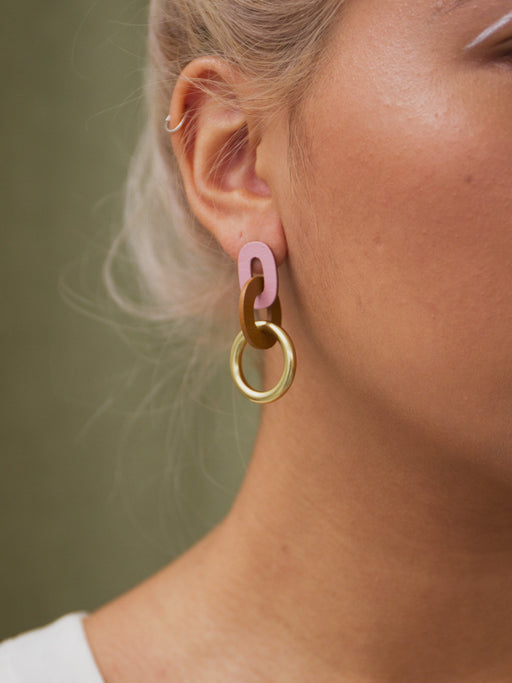 Thea Earrings in Rose