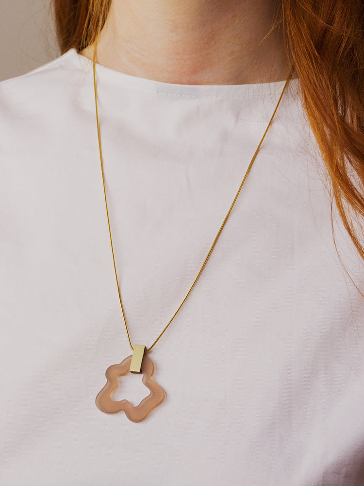 Wave Necklace in Coffee