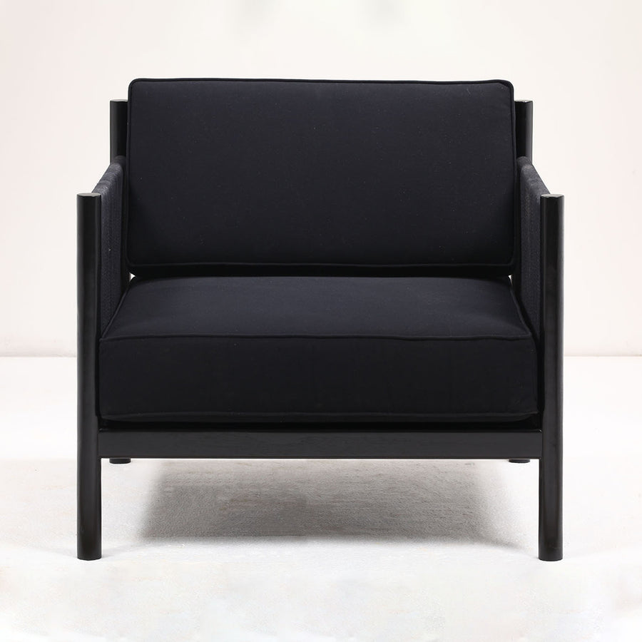 Varia Lounge Chair