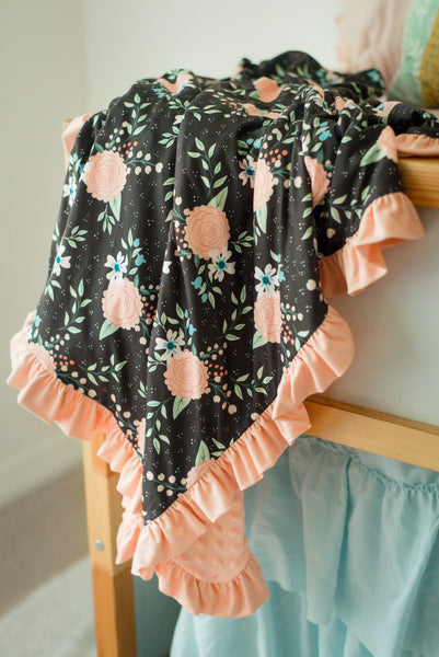 Black Magic Ruffle Minky Blanket - Extra Large