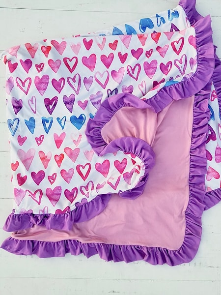 Ombre Heart Ruffle Blanket - Extra Large