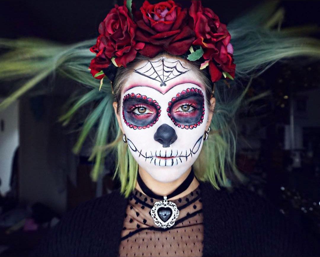 Sophie Hannah Richardson wears Rock N Rose Beatrice Crown Sugar Skull Makeup Tutorial