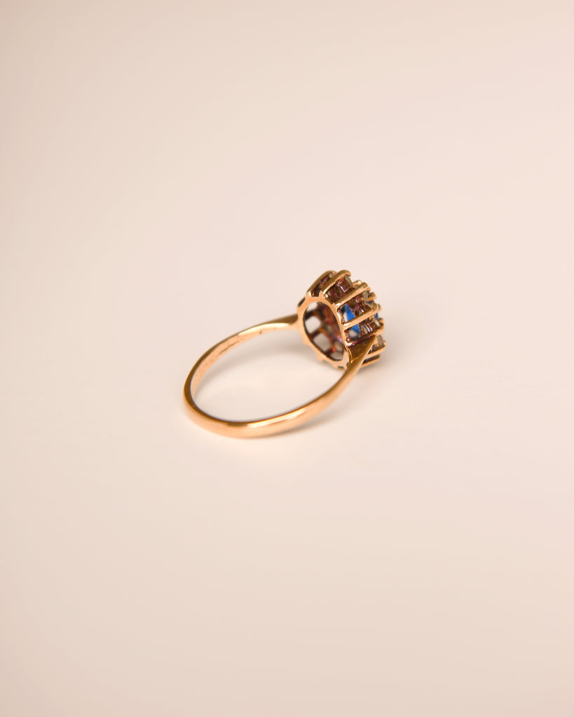 Penny Exclusive Vintage Sapphire Ring