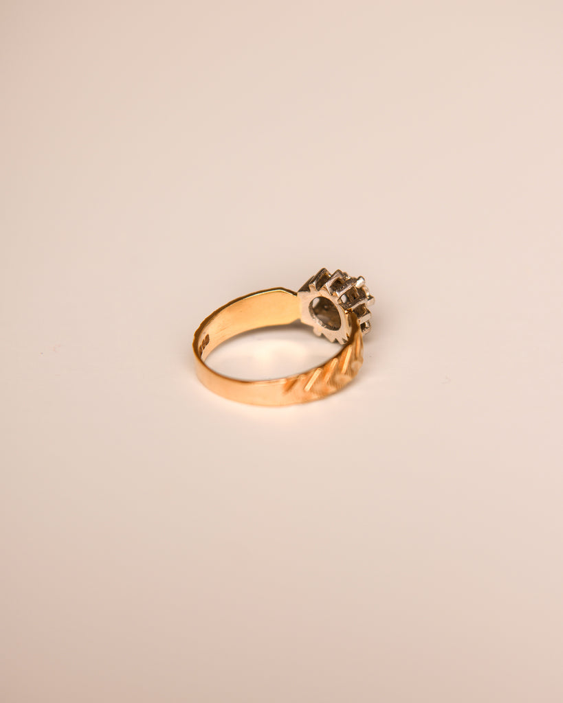 Audra 9ct Gold Vintage Diamond Ring