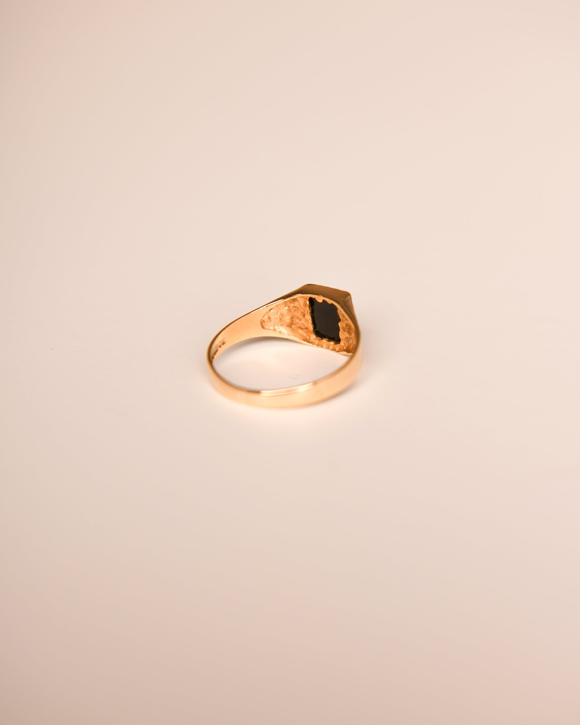 Chloé 9ct Gold Vintage Onyx Ring