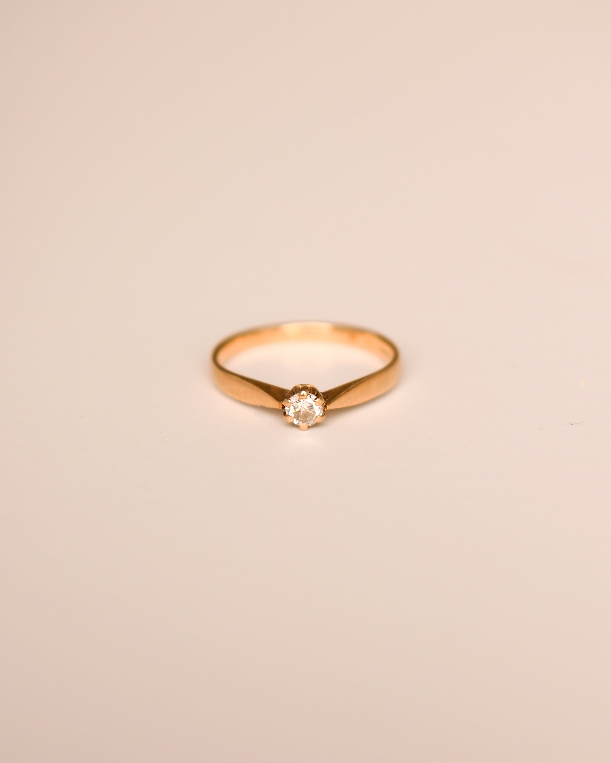 Image of Alice 9ct Gold Vintage Solitaire Diamond Ring
