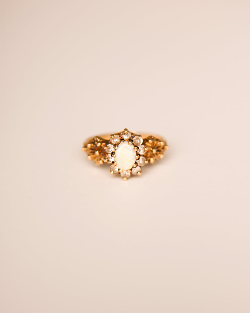 Selma 9ct Gold Vintage Opal Ring