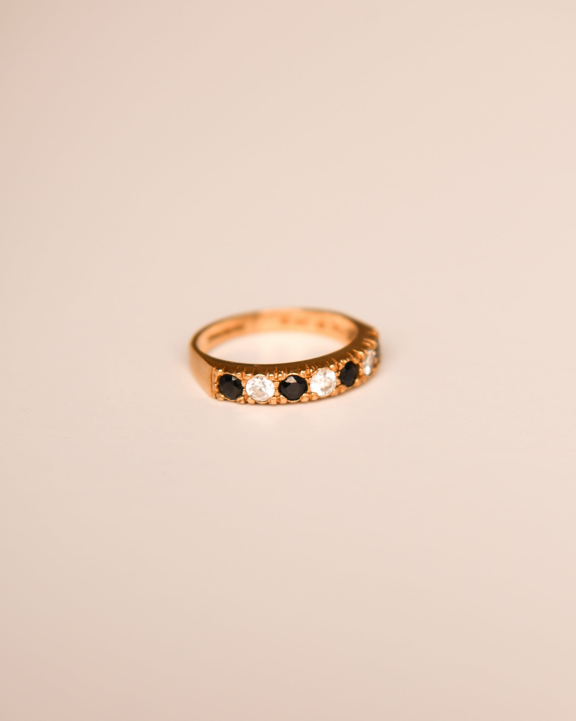 Image of Paula 9ct Gold Vintage Sapphire Ring