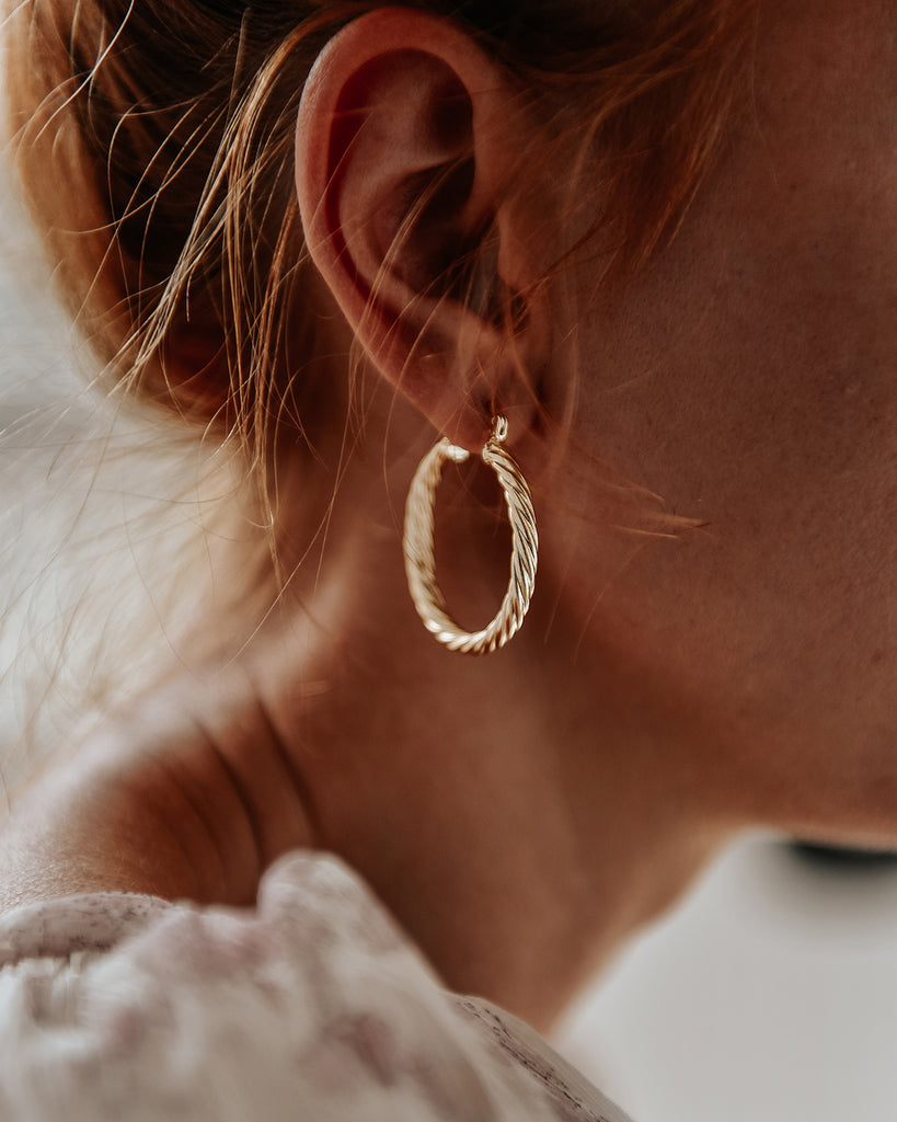Etta Twisted Hoop Earrings - Maxi