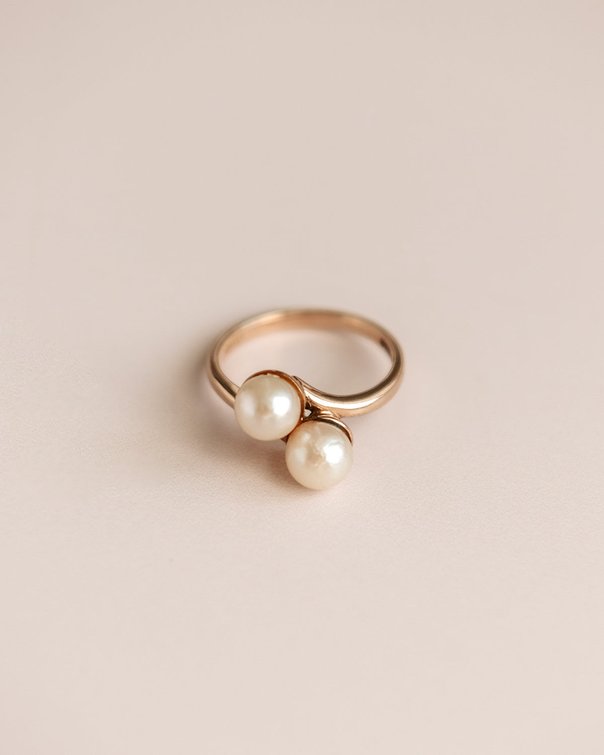 Image of Astrid 9ct Gold Pearl Crossover Ring