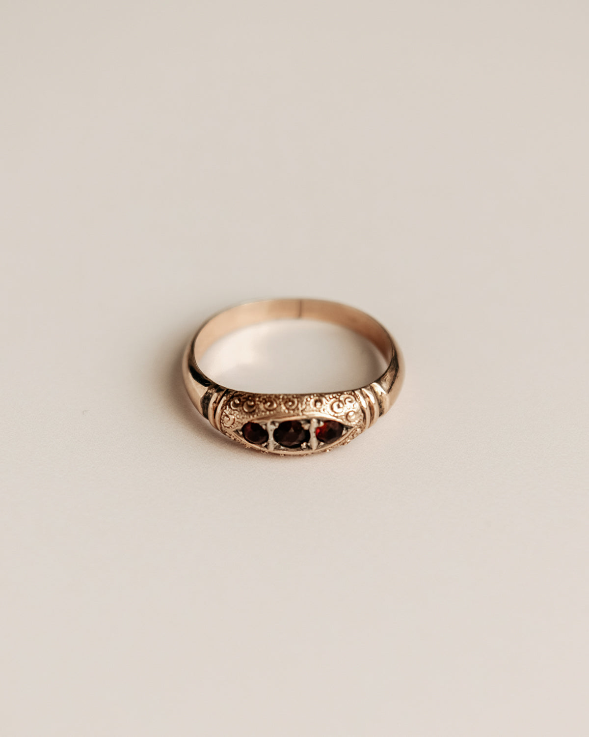Nell 9ct Gold Garnet Ring