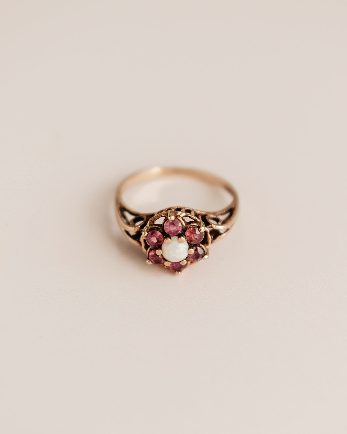 Olive 9ct Gold Opal & Amethyst Ring