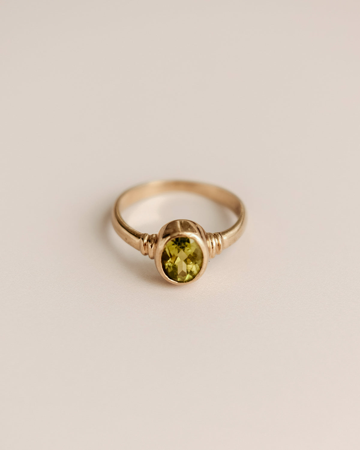 Image of Caterina 9ct Gold Peridot Ring