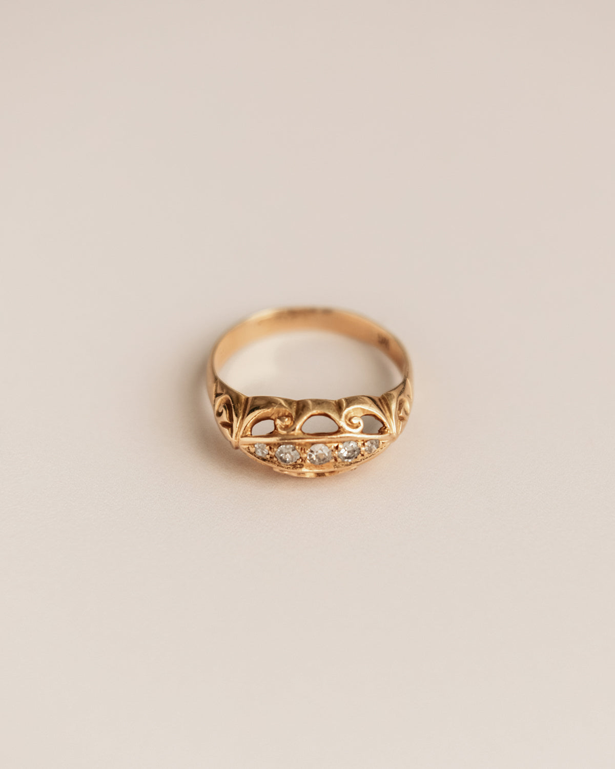 Image of Nellie Exclusive Vintage 9ct Gold Diamond Ring