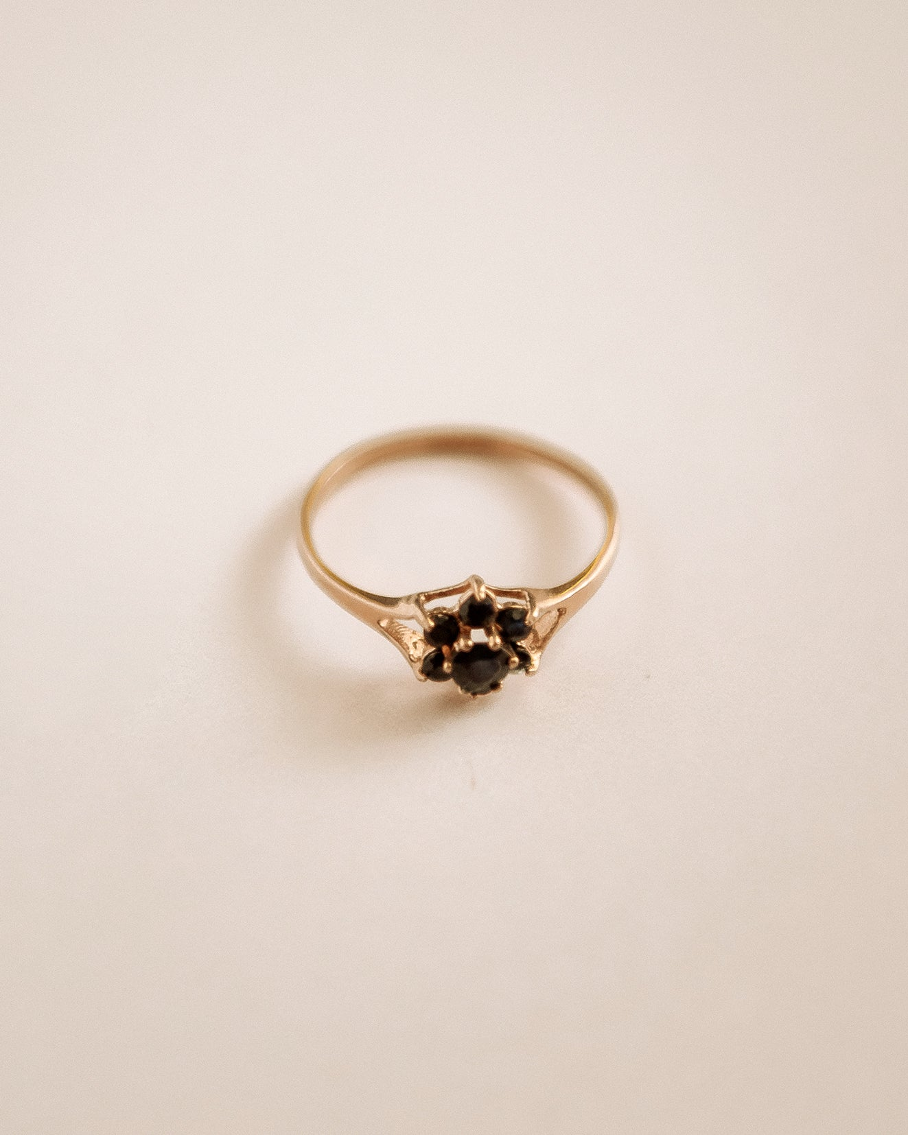 Image of Isolde 9ct Gold Sapphire Cluster Ring