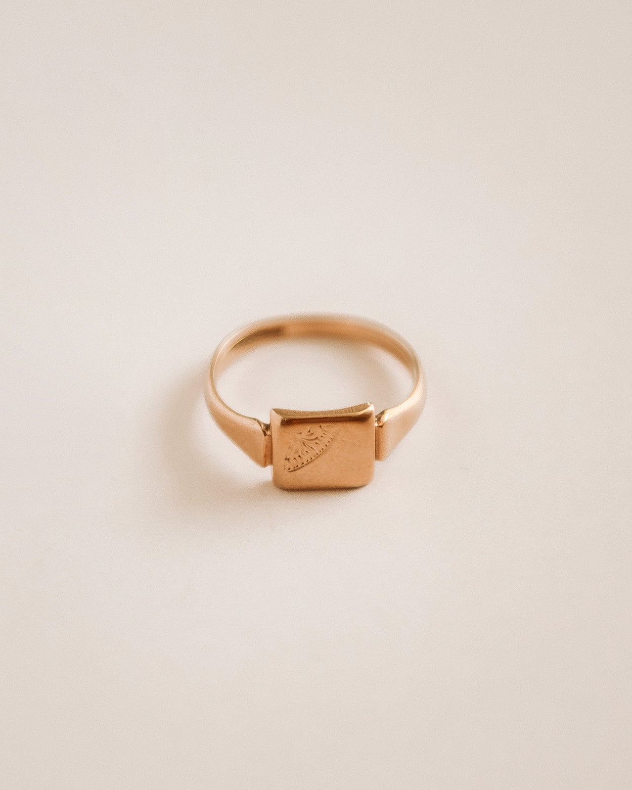 Image of Penny 9ct Gold Signet Ring