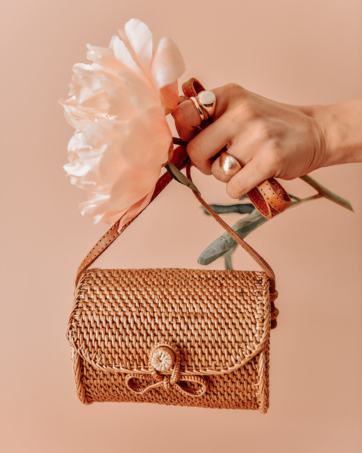 Image of Ginger Woven Barrel Basket Bag