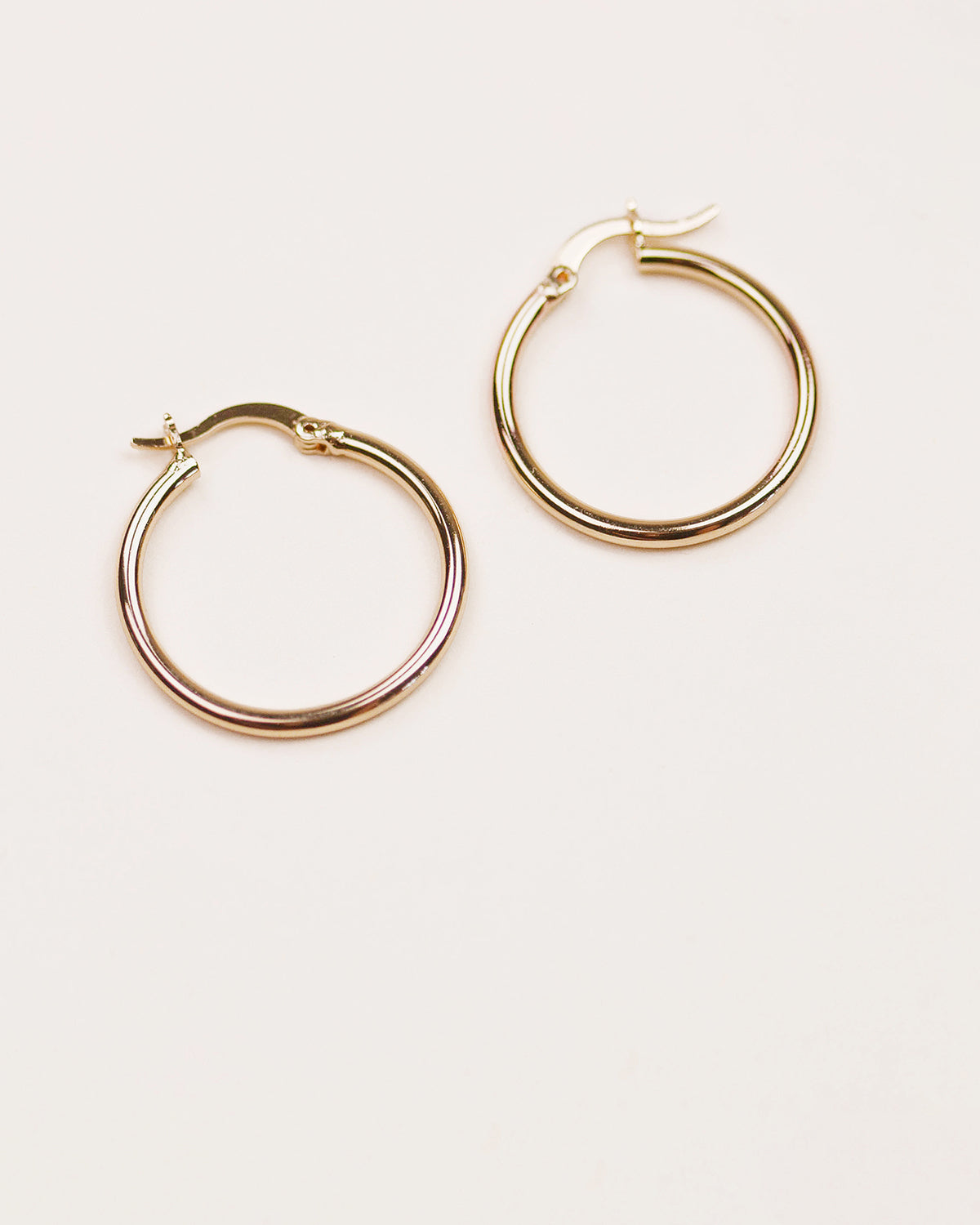 Hilda Simple Hoop Earrings - Maxi