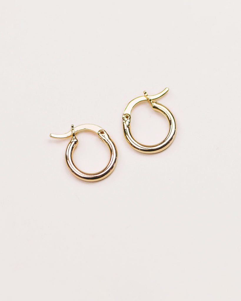 Hilda Simple Hoop Earrings - Mini