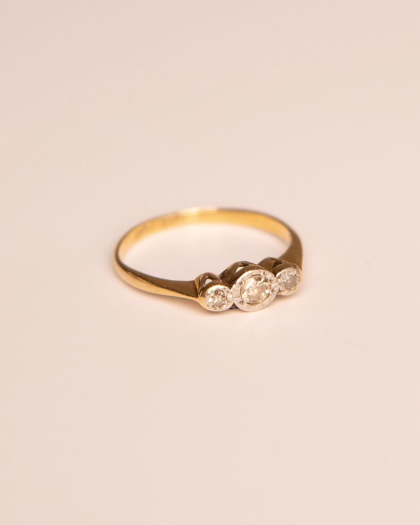 Joy 18ct Gold Trilogy Diamond Ring