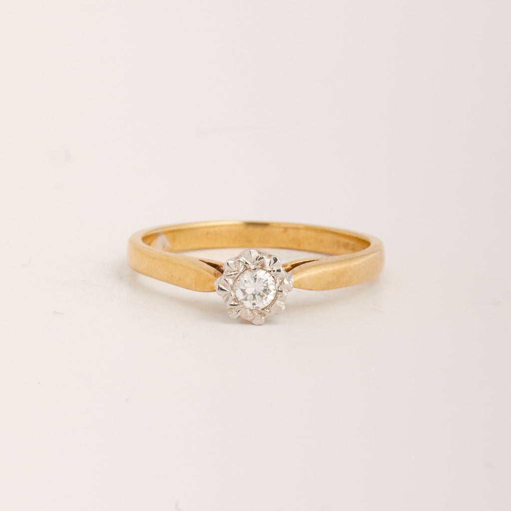 Rafaella Exclusive Vintage 9ct Gold Diamond Ring