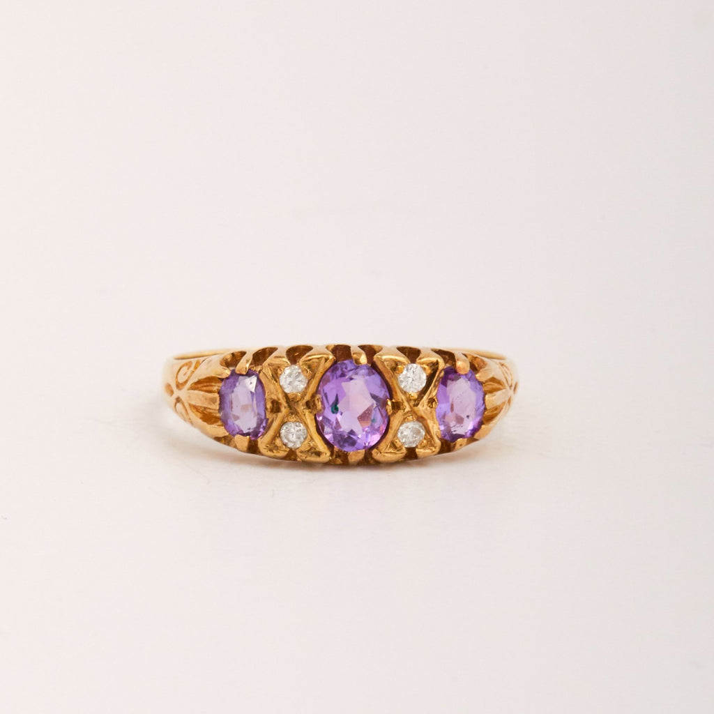 Wren Exclusive Vintage 9ct Gold Amethyst & Diamond Ring
