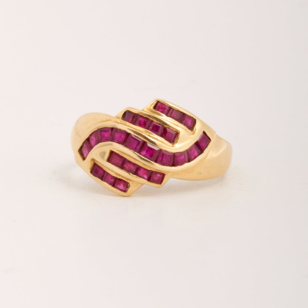 Image of Vittoria Exclusive Vintage 9ct Gold Ruby Ring