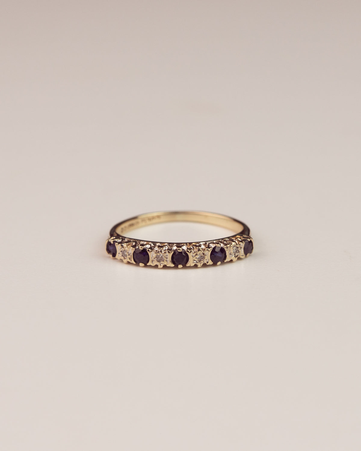 Allegra Exclusive Vintage 9ct Gold Diamond and Sapphire Ring