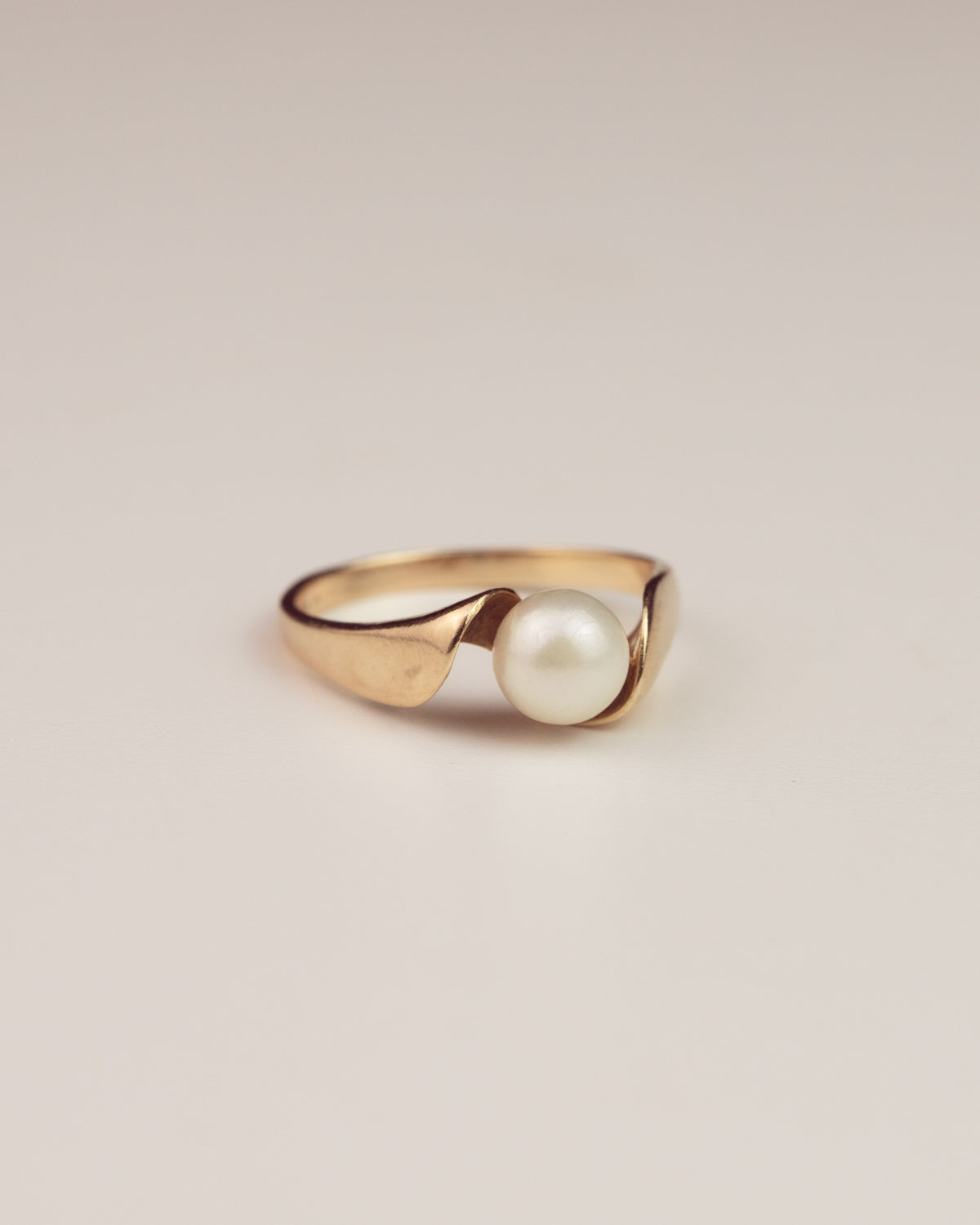 Image of Wren Exclusive Vintage 14ct Gold Pearl Ring