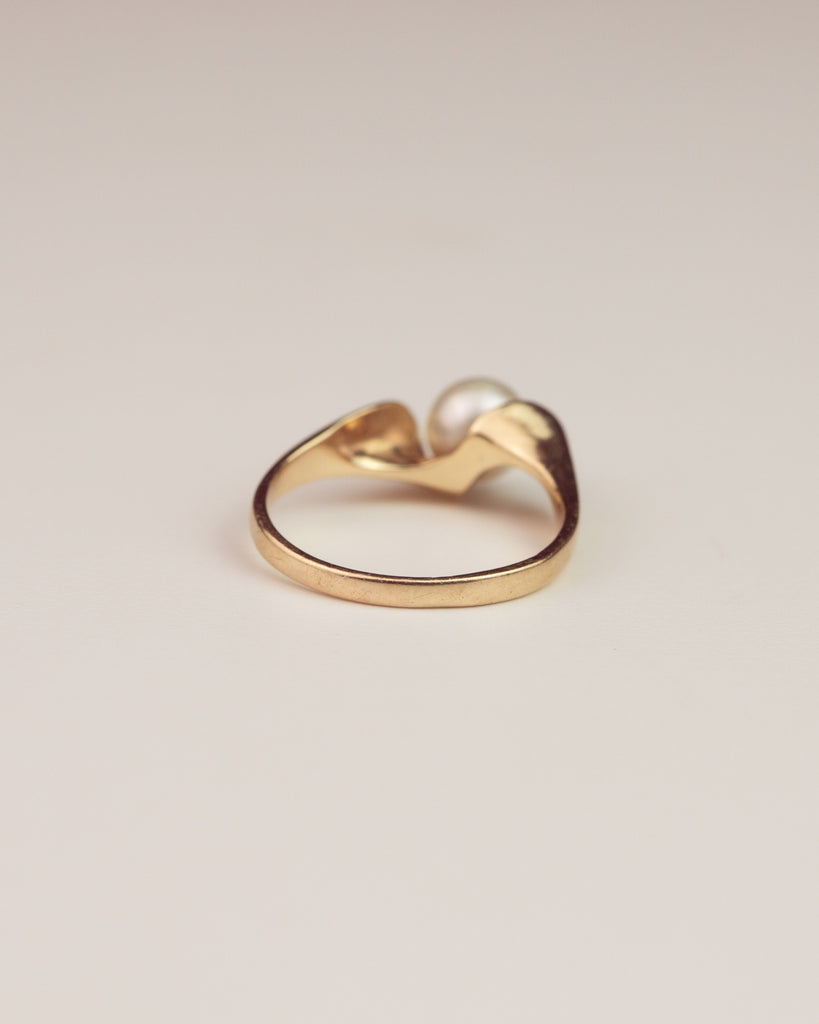 Wren Exclusive Vintage 14ct Gold Pearl Ring