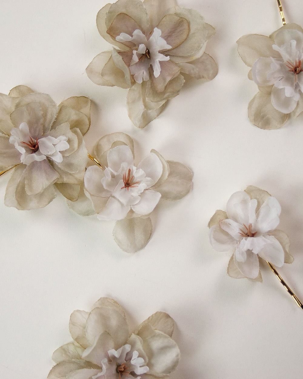 Franny Flower Hair Pins - Nude