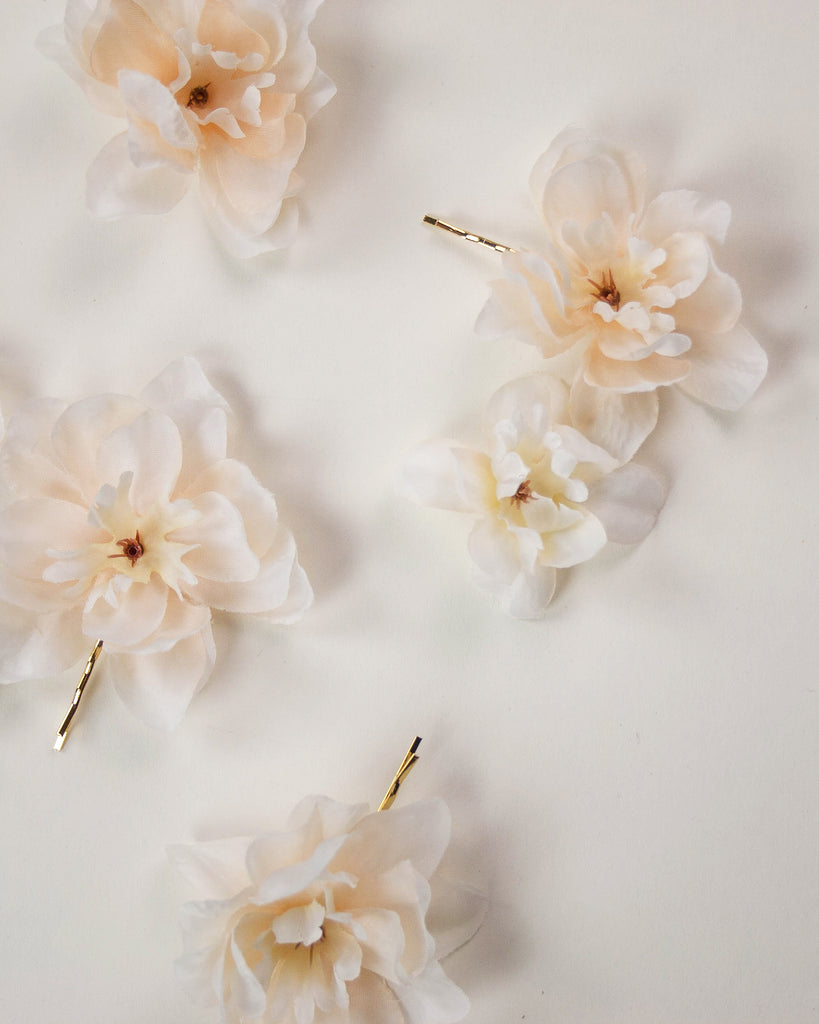 Franny Flower Hair Pins - Blush